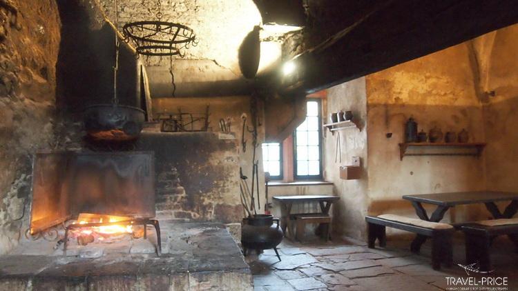 кухня замок