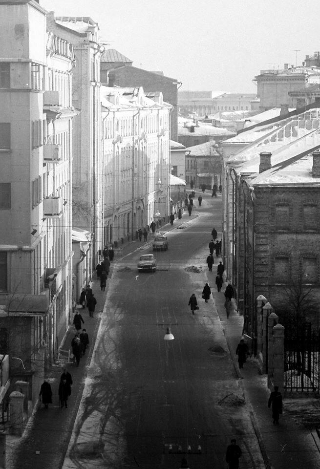 125-й школы на Малой Бронной А. Яковлев.jpg