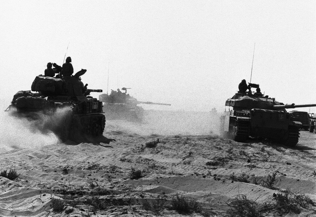 Израильские танки на Синае