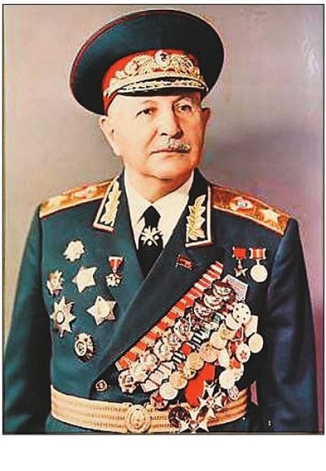 МАРШАЛ СССР ИВАН БАГРАМЯН.jpg