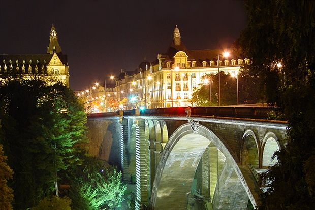 15 городов Европы для путешествий вдвоем (15 фото)