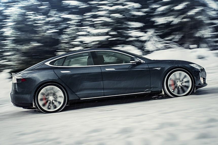 Tesla через год-два выйдет на рынок автомобилей РФ