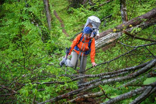 Сон в рюкзаке-переноске Osprey Poco Plus. Поход с ребенком 10 месяцев на вершину Семиглавая в Краснодарском крае