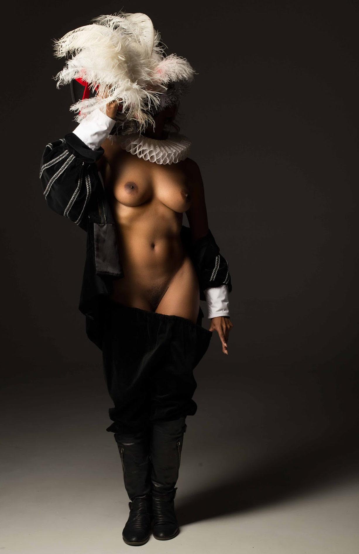 голый мушкетер / St.Merrique nude by Ben Ernst - Mousquetaire