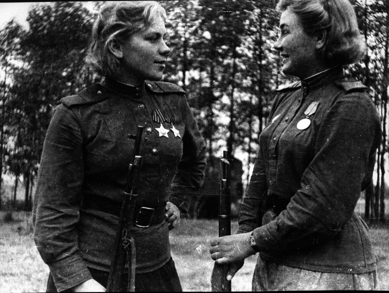 Cнайперы 159-й стрелковой дивизии Р. Шанина и А. Екимова. 44.jpg