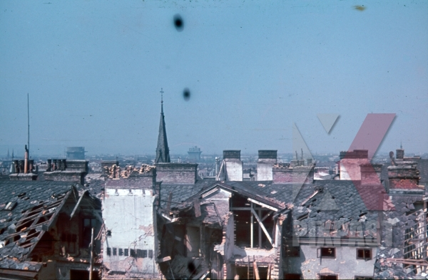 stock-photo-vienna-austria-wien-1945-city-roof-top-destruction-bomb-damage-ruins-flak-bunker-tower-11126.jpg
