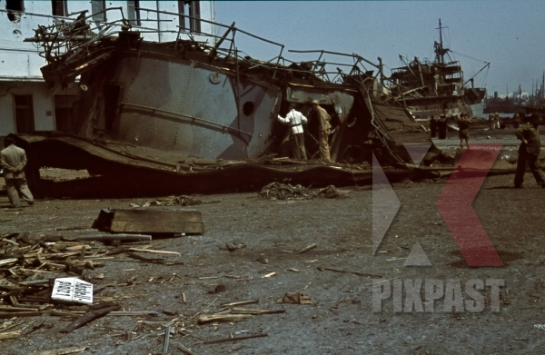 stock-photo-tripoli-harbour-in-libya-1942-destroyed-burning-german-transport-ships-after-allied-air-attack-11243.jpg