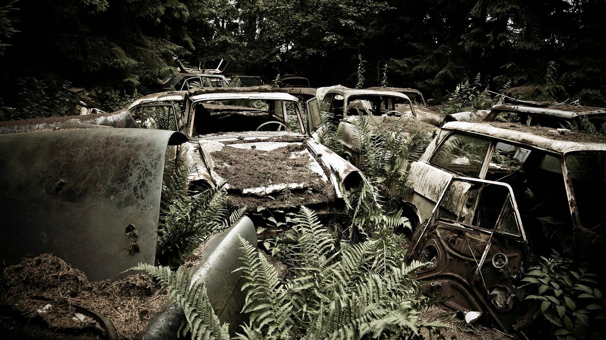 От американских президентов до танков: странные кладбища брошенных вещей