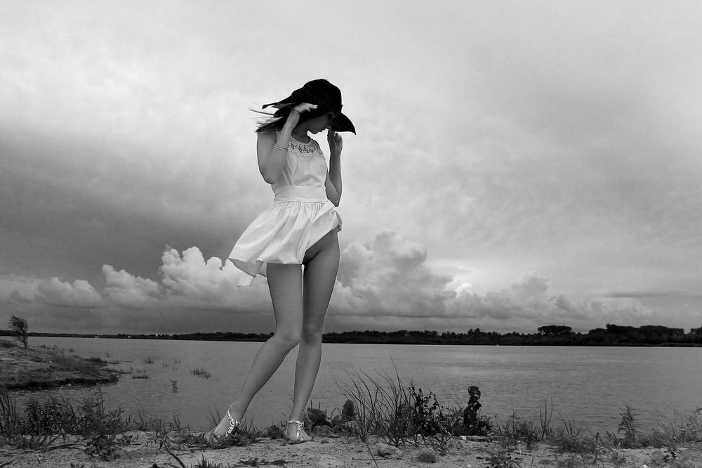 Красивое «Ню» Павла Троицкого