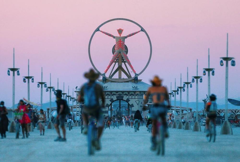 16фотографий сбезумного праздника искусства Burning Man 2016 (16 фото)