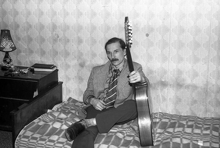 14. Петр Мамонов, квартирник, Москва, 1985 год.