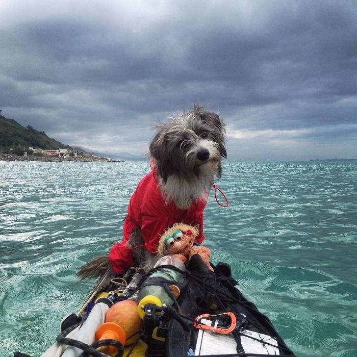 По Средиземному морю на каяке (10 фото)