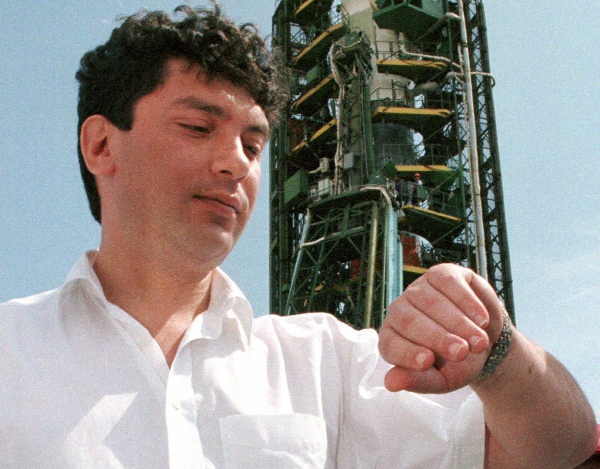 Борис Немцов, временно исполняющий обязанности вице-премьера РФ, август 1998 года.