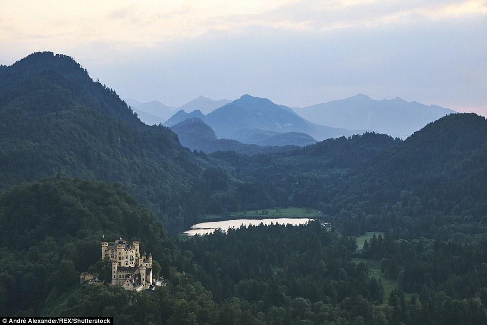 Европейские пейзажи, будто сошедшие со страниц волшебных сказок (17 фото)