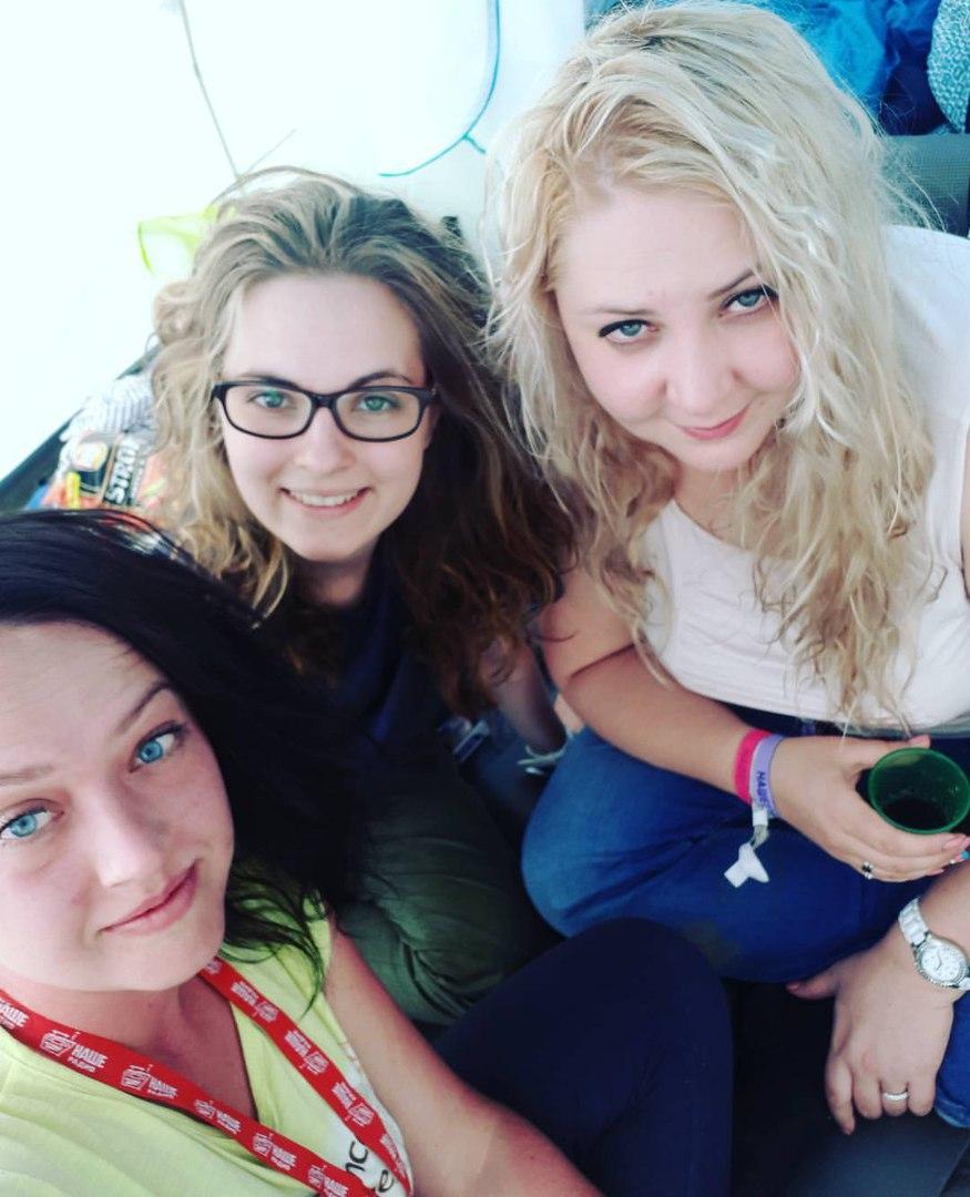 Грязные девчонки: Фото девушек с фестиваля НАШЕСТВИЕ — 2017