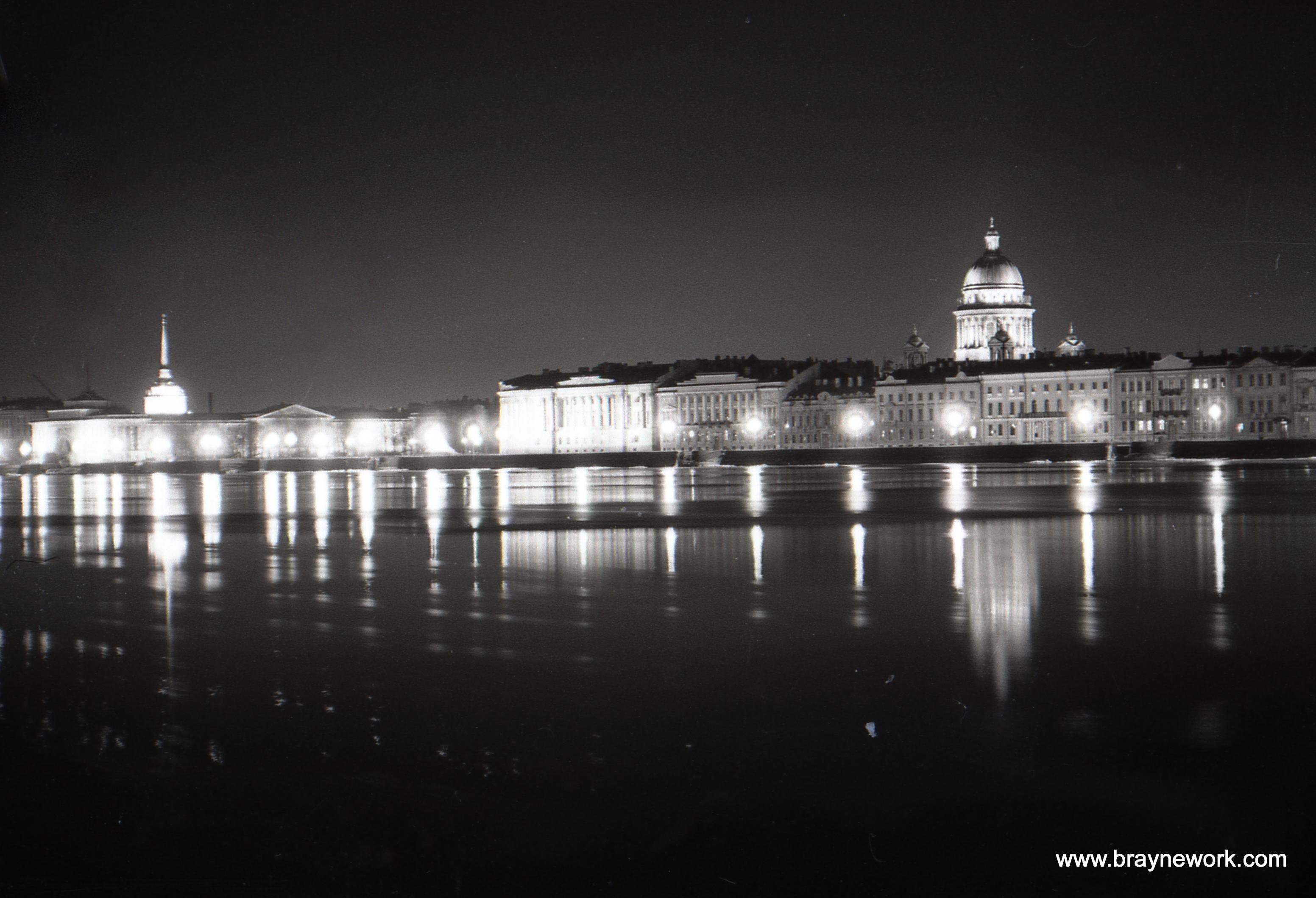 1972 Ночные огни Ленинграда.jpg