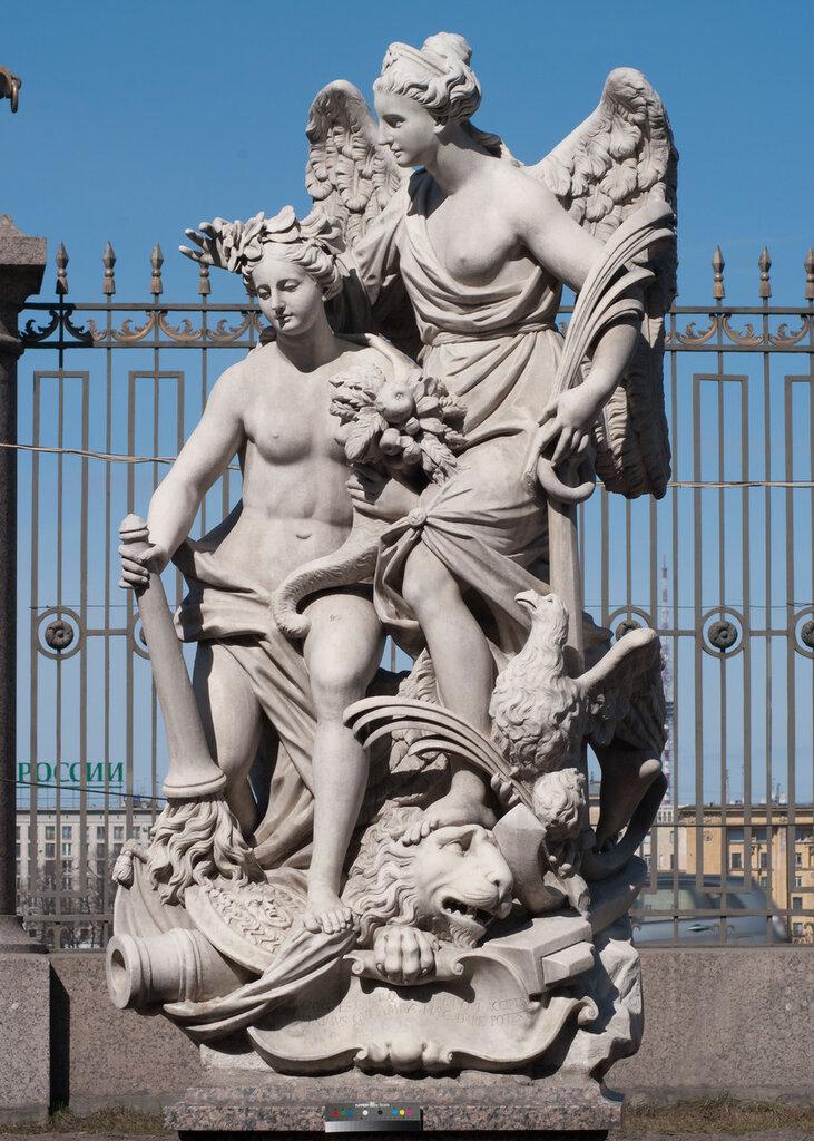 Скульптурная группа «Мир и победа» (Ништадский мир). Скульптор П. Баратта. Италия. 1722. Фото 2012 года..jpg