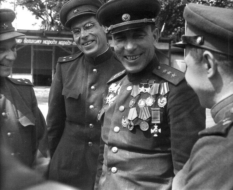 Кукрыниксы, генерал-полковник М.Катуков, Берлин