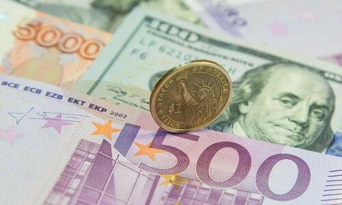 Центробанк России резко повысил лимит по валютным операциям