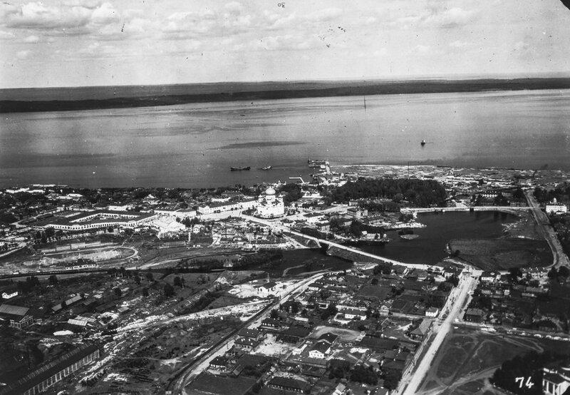 1931 Петрозаводск. Международная арктическая экспедиция пассажирского цеппелина LZ 127 «Граф Цеппелин»2.jpg