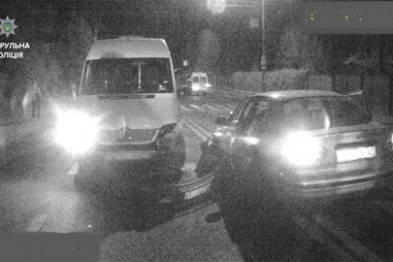 Пьяный водитель выехал на тротуар и сбил двух пешеходов во Львове: один мужчина скончался на месте, второй попал в реанимацию, - Нацполиция
