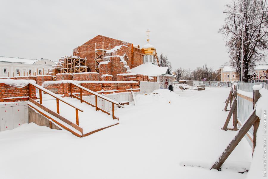 саров строят церковь
