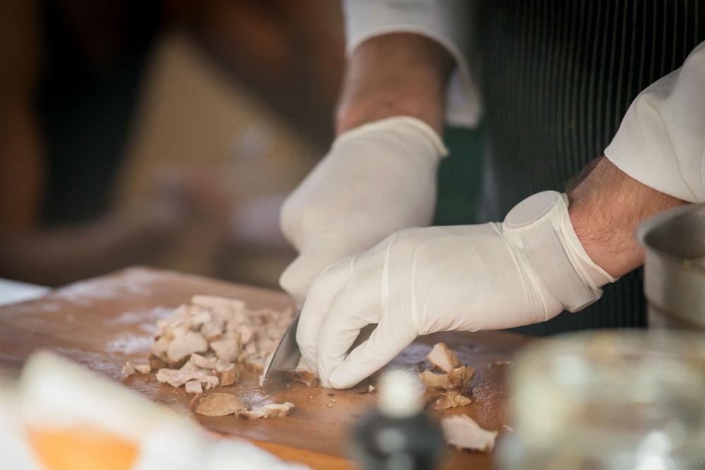 3. Мини-шашлычки из курицы терияки