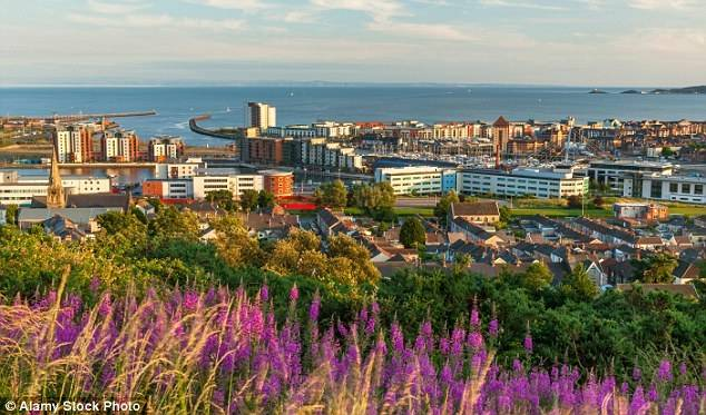 Суонси – родной город валлийского поэта Дилана Томаса. Он занимает 25-е место по количеству на