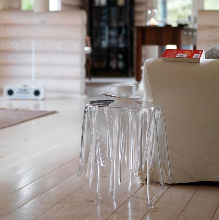 27. Призрачный стол