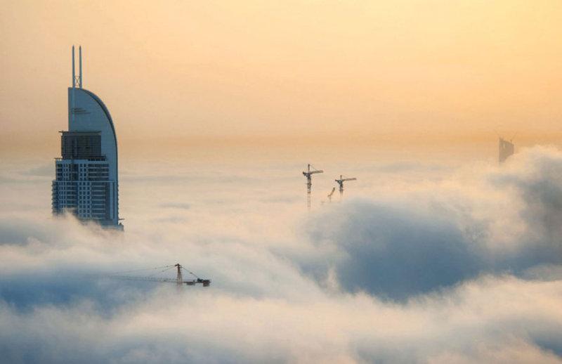 Дубаи в облаках (10 фото)