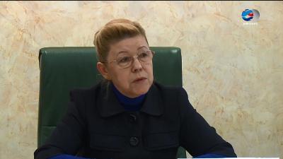 Мизулина предложила законодательно сражаться сдеструктивными сектами