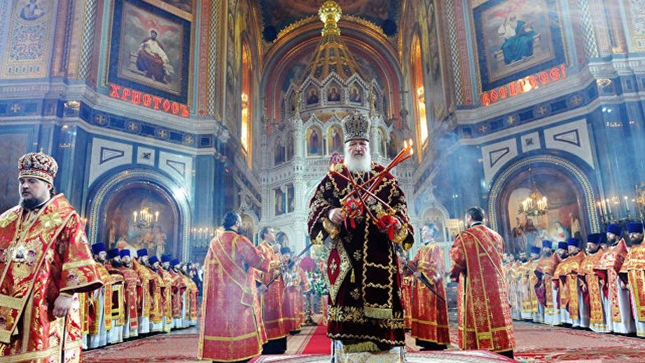В Российской Федерации  впасхальных службах принятии участие неменее  4 млн.  человек