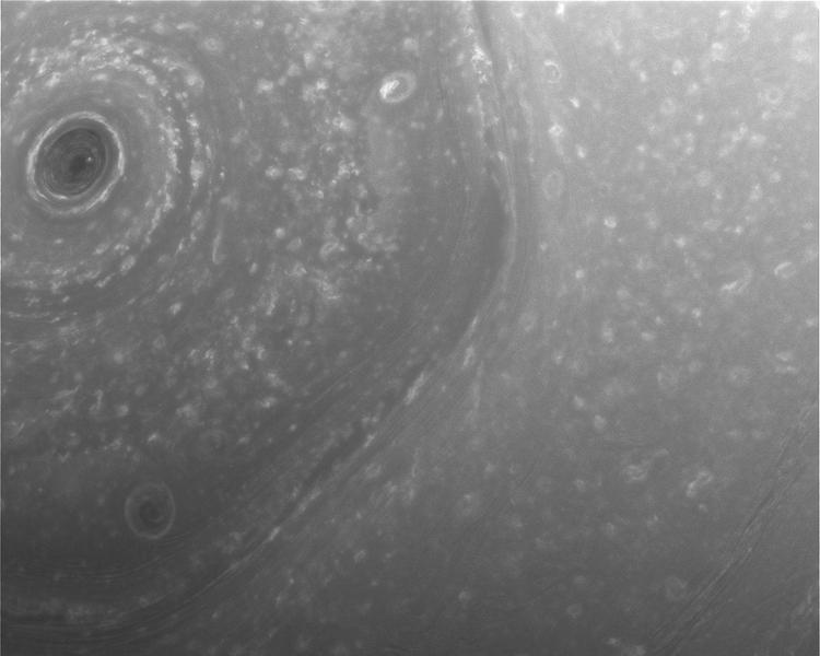 Снимки с Сатурна