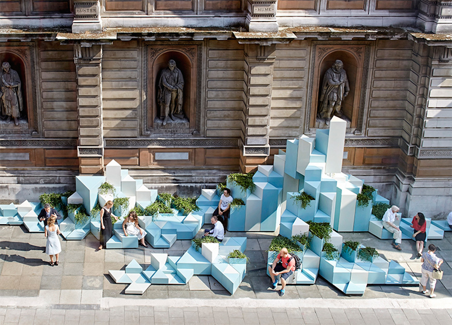 Ceramic Hill Installation in London (5 pics)