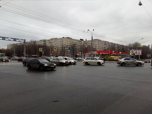 Будапештская ул. 79/Дунайский пр. 42