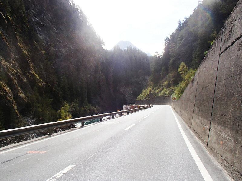шоссе 27 по Швейцарии на веломаршруте Via Claudia Augusta