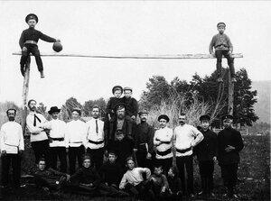 1922. Миньяр. Члены футбольной команды заводского поселка