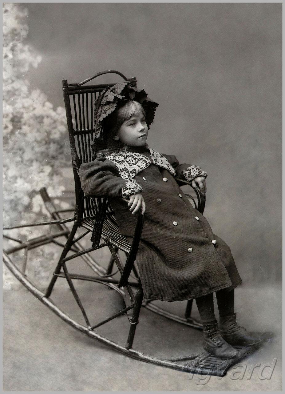 Наталья Барышникова. Дочь фотографа. 1913