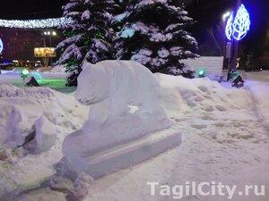 город,Нижний Тагил,Новый год,ледовый городок,елка,праздник