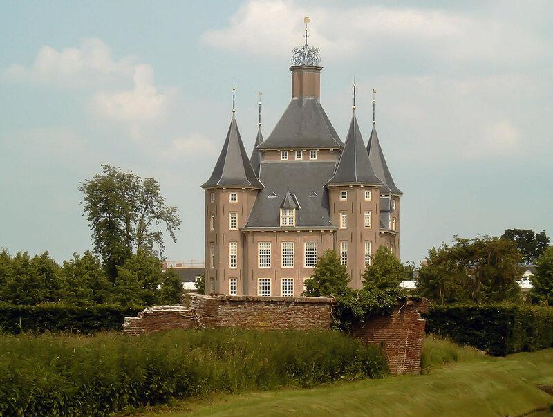 2007-06-02_14_55_Houten,_kasteel_Heemstede.JPG