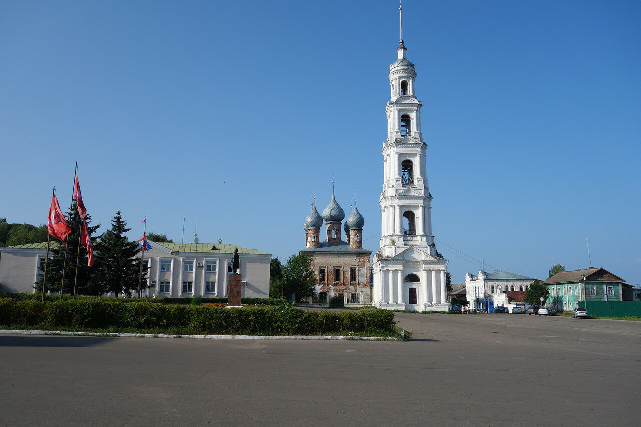храмы на главной площади