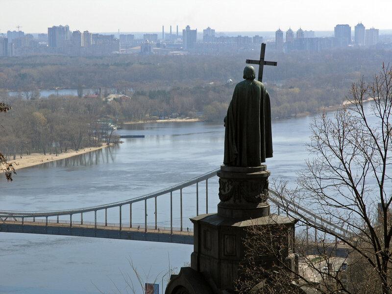 Украина,_Киев_-_Памятник_князю_Владимиру_04.jpg