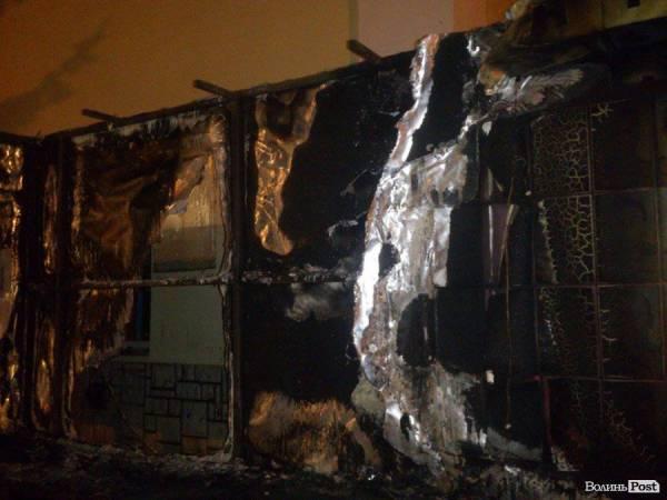 В Луцке сгорела Стела Героев АТО и Небесной Сотни (фото)