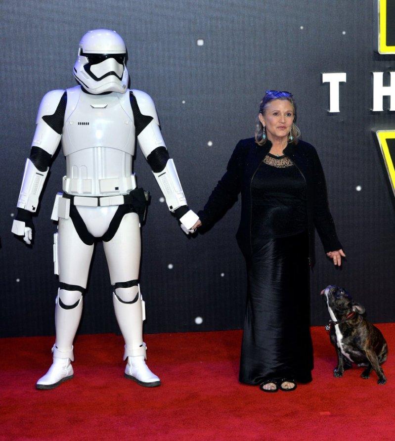 Все знают, что Кэрри Фишер прославилась на весь мир, когда сыграла принцессу Лею в «Звездных вой