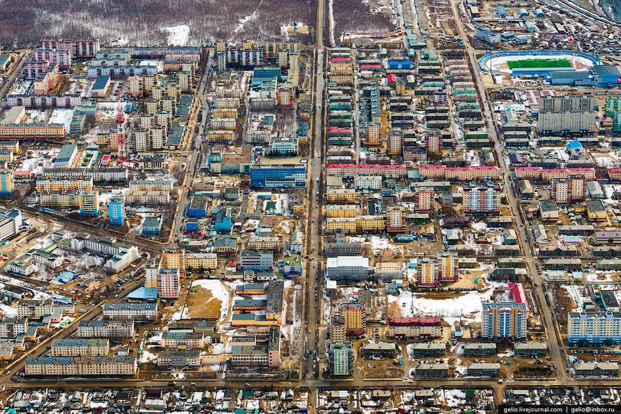 2. Город Мирный — алмазная «столица» России, расположенная в Якутии (Саха) в 1200 км. от Якутска. От