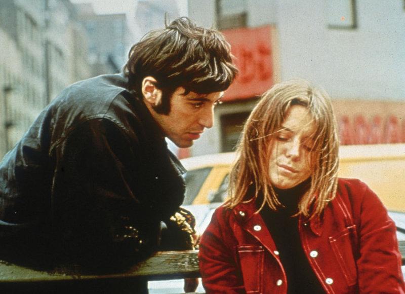 Здесь молодой Аль Пачино сыграл одну из своих первых ролей. Он – наркодиллер Бобби, который влюб