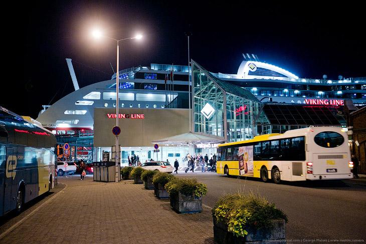 2. Терминалы в Турку и Стокгольме были модернизированы, из-за размеров и большой пассажировместимост