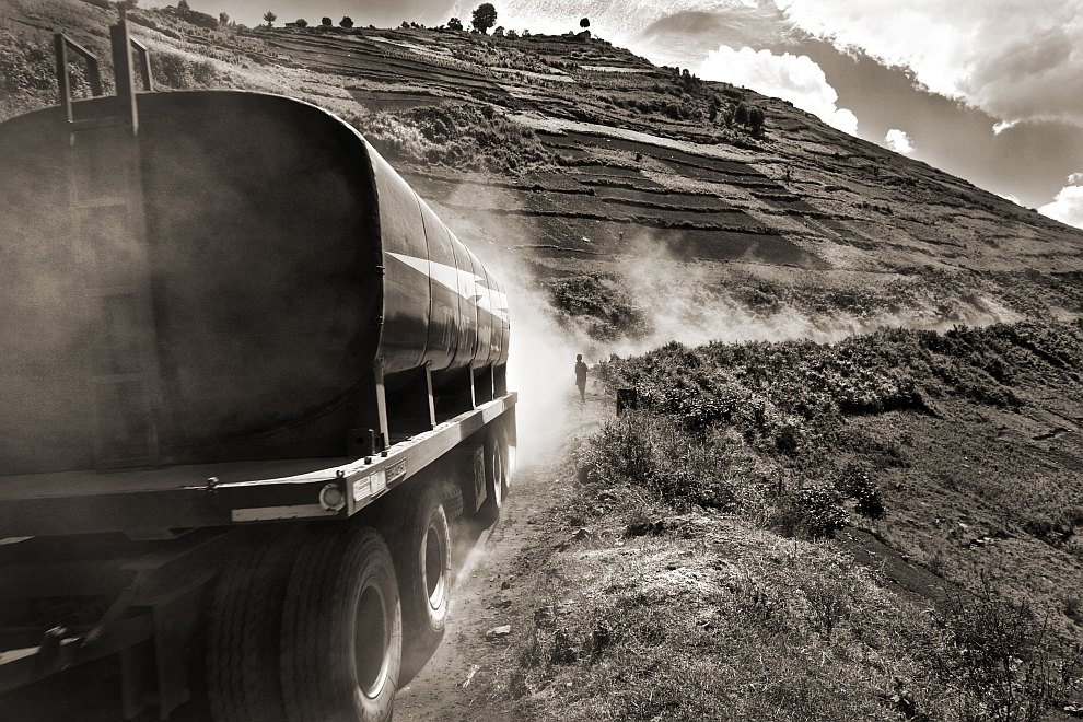 Особенности национальных перевозок в Бангладеше. (Фото Md. Khalid Rayhan Shawon):