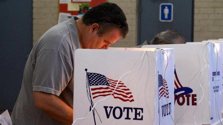 Первые избирательные участки открылись вНью-Йорке