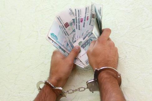 ВЧелябинске мошенники пытались получить 50 млн руб. через судебных приставов